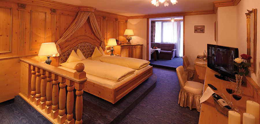 Hotel Alpenland, Obergurgl, Austria - Bedroom suite with balcony.jpg